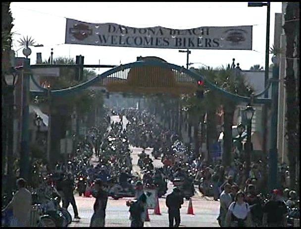 Байк-неделя в Дайтоне / Daytona Bike Week [2006, DVDRip]